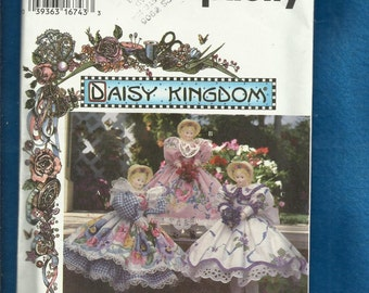 Simplicity 9482 Daisy Kingdom Sweet Southern Belle Doll Dresses Trimmed in Lace  Size 15 inch Doll UNCUT