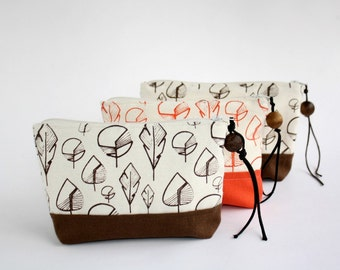 Small Pouch with leaves screen printed - Pencil pouch - Brown or brick makeup pouch - Zipper small bag