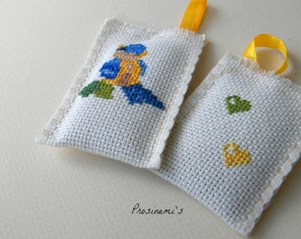 Lavender sachet, blue bird hand embroidered, lavender handmade home decoration