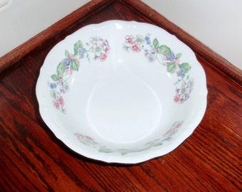 WALBRZYCH Pologne guirlande bol porcelaine végétal Chine fleurs Multi couleur blanc 22kt or service Berry fruits des années 1950 Excellent État