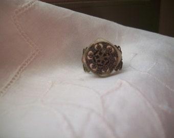 Ring - filigree - vintage button - adjustable - antique brass finish