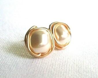 Baroque Cream Pearl Stud Earings, Wire Wrapped Jewelry Handmade, Swarovski Cream Pearl Earrings, Ivory Pearl Earrings
