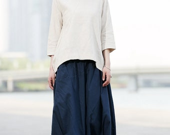 Linen skirt in Navy blue C374