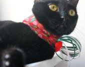 Christmas Collar for Cat with Trees and Mistletoe