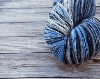 artistic WOOL - blue grey light blue