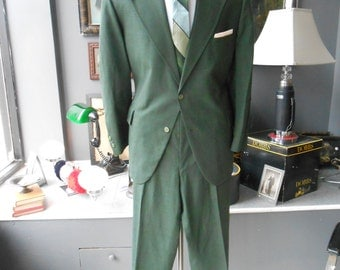 SEARS XXL 48R 44x29 vintage men's suit Kelly green glen plaid blue windowpane summer weight fabric
