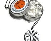 Personalisierte Basketball Halskette mit Spielers - Personalisierung, Basketball Geschenke, Basketball-Schmuck, Handstamped, Basketball-Moms