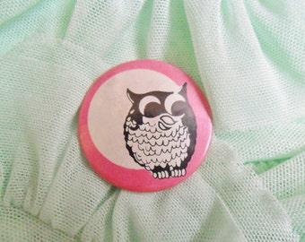 Vintage Retro 80s 90s Owl Moon Pastel Kitsch Pin Badge
