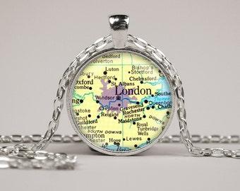 London England Map Pendant Necklace or Keyring Glass Art Print Jewelry Vintage Map Pendant Europe Map Pendant Atlas Pendant