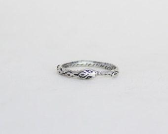 Ouroboros ring- Silver