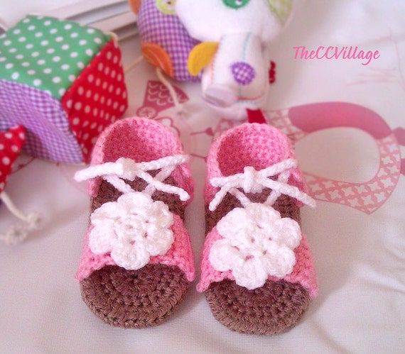 rosa baby m dchen sandalen h keln handarbeit h keln. Black Bedroom Furniture Sets. Home Design Ideas