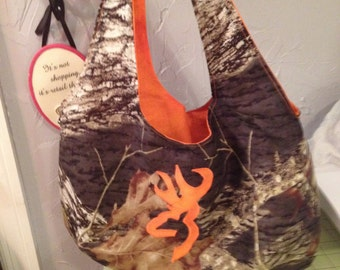 "Pick your COLOR  Mossy Oak Camo Purse with ""Browning"" Symbol"