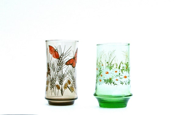 Brown Drinking Glass White Daisies Libbey Wheat
