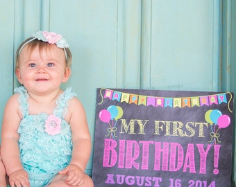 Chalkboard First Birthday Photo Prop // First Birthday Sign // First Birthday Poster // Baby's First Year // 1st Birthday Poster // Girl