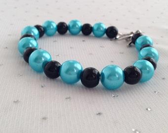 Turquoise and Black Pearl Bracelet, Turquoise Bracelet, Turquoise and Black Wedding, Glass Pearl Bracelet, Aqua Blue Bracelet