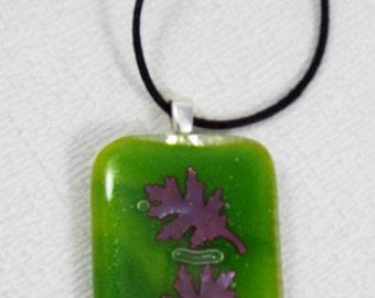 Oak Leaf Necklace, Oak Leaf Pendant, Green Leaves, Oak Leaf Jewelry, Fused Glass, Copper Leaf, Nature Lover Gift Idea