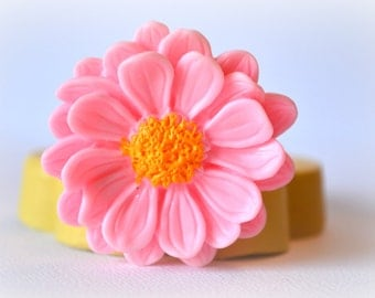 0418 Daisy Flower Silicone Rubber Flexible Food Safe Mold Mould- resin, clay, fondant, cake decor, candy