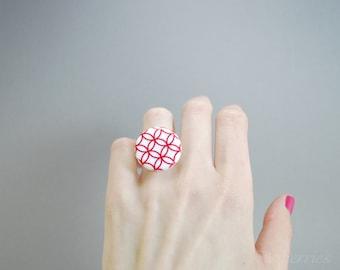 Geometric pattern ring - Red pattern ring - Ceramic rings for women - Big statement rings - Big ceramic ring