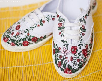 Hand painted Women Floral Canvas Shoes, Sneakers:  Roses Garden