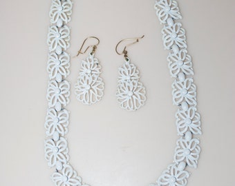 Monet White Enamel Flower Necklace & Earrings Set