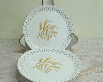 Homer Laughlin Golden Wheat Plates ~ Group of 6 ~ Fleur De Lis Pattern ~ Farmhouse ~ Cottage Kitchen ~ Duz Detergent Promotional ~ 1950's