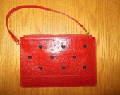 Red leather pouch, leather wallet, small purse, leather purse with heart, red woman purse, woman purse, purse with heart motifs, purse.