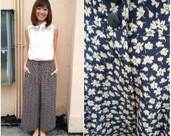 Vintage Pants/ Navy Blue Floral Pants/ Floral Pants/ Small Pants/ Blue Pants/ Medium Pants/ Japanese Vintage/ Floral Trousers/ Spring Pants