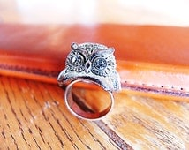 Fly Wise Ring - Vintage Estate Item, Owl Statement Ring with Silver Base and Rhinestone Eyes, Size 7.5