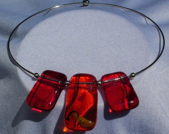 A 3-piece Orange and Red Glass choker/necklace