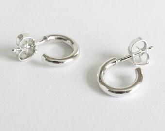 Classic Silver Hoop Earrings, Small 925 Sterling Silver Hoops, Modern Hoop Earrings, Minimalist Silver Hoops, Simple Earrings