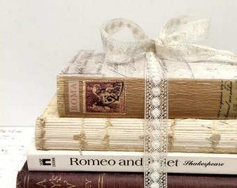 RESERVED , Wedding Trend, Romeo and Juliet, SMALL BOOKS , Love Story Centerpiece, Bridal Shower, Shakespeare Centerpiece, Books for Wedding
