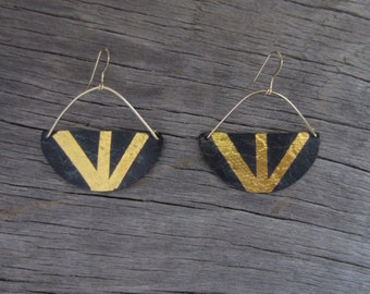 Gilded Rays Earrings