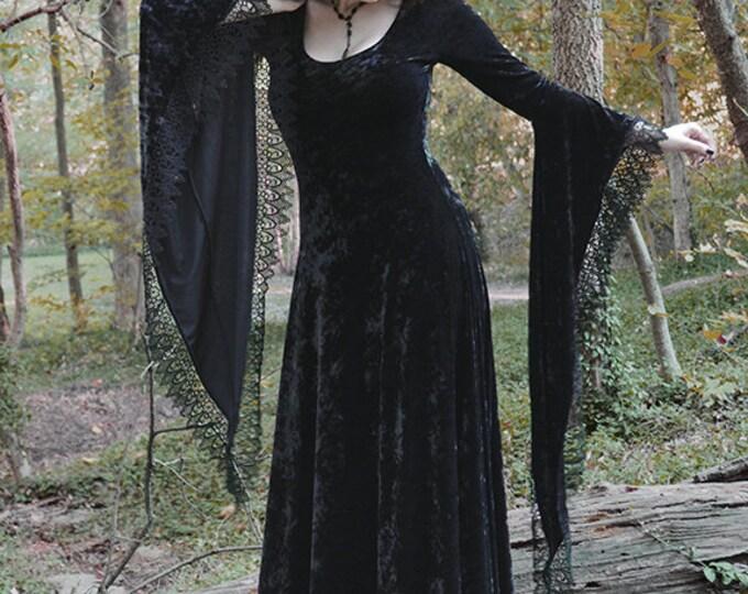 Sorrena Fairy Tale Dark Romantic Gothic Velvet Dress - Handmade Bespoke - Morticia Addams Vampire Wiccan Handfasting Dress