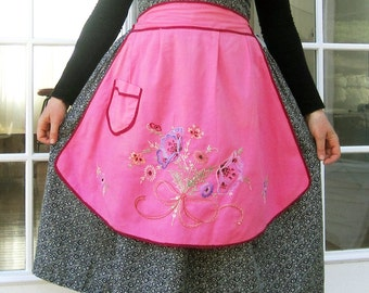 vintage 30s apron Pink Embroidered flowers 1930s half apron