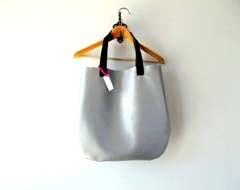 Large Silver Tote Bag - Vegan tote bag - Large silver bag - Hobo bag - minimalist silver bag - vegan leather shoulder bag - handmade bag