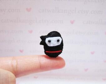 Felt Miniature - Felted Miniature ninja - Felted ninja - ninja felted miniature - ninja miniature - tiny ninja - felted black ninja