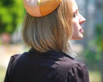 vintage style pillbox hat Yellow Meadow kimono silk percher hat