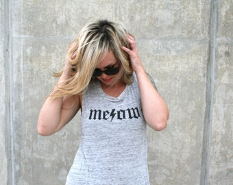 Meow Muscle Tee XL women's