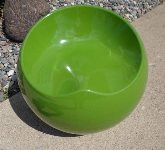 Vintage Modern Bright Lime Green Pod Egg Ball Chair Indoor Or