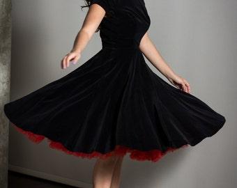 Vintage Black Velvet 1950's Formal Dress Size Small