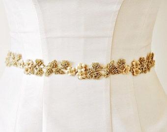 Gold Sash,FLOWER SASH,Wedding Dress Sash ,Gold Bridal Sash,Wedding Sash ,Champagne Bridal Beaded Sash Wedding Belt,Bridal Dress Beaded Belt