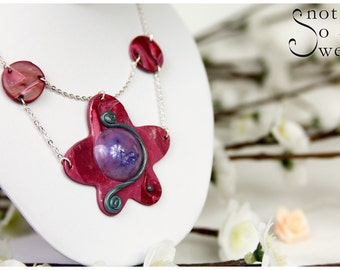Multi-stranded Rose round and Flower necklace