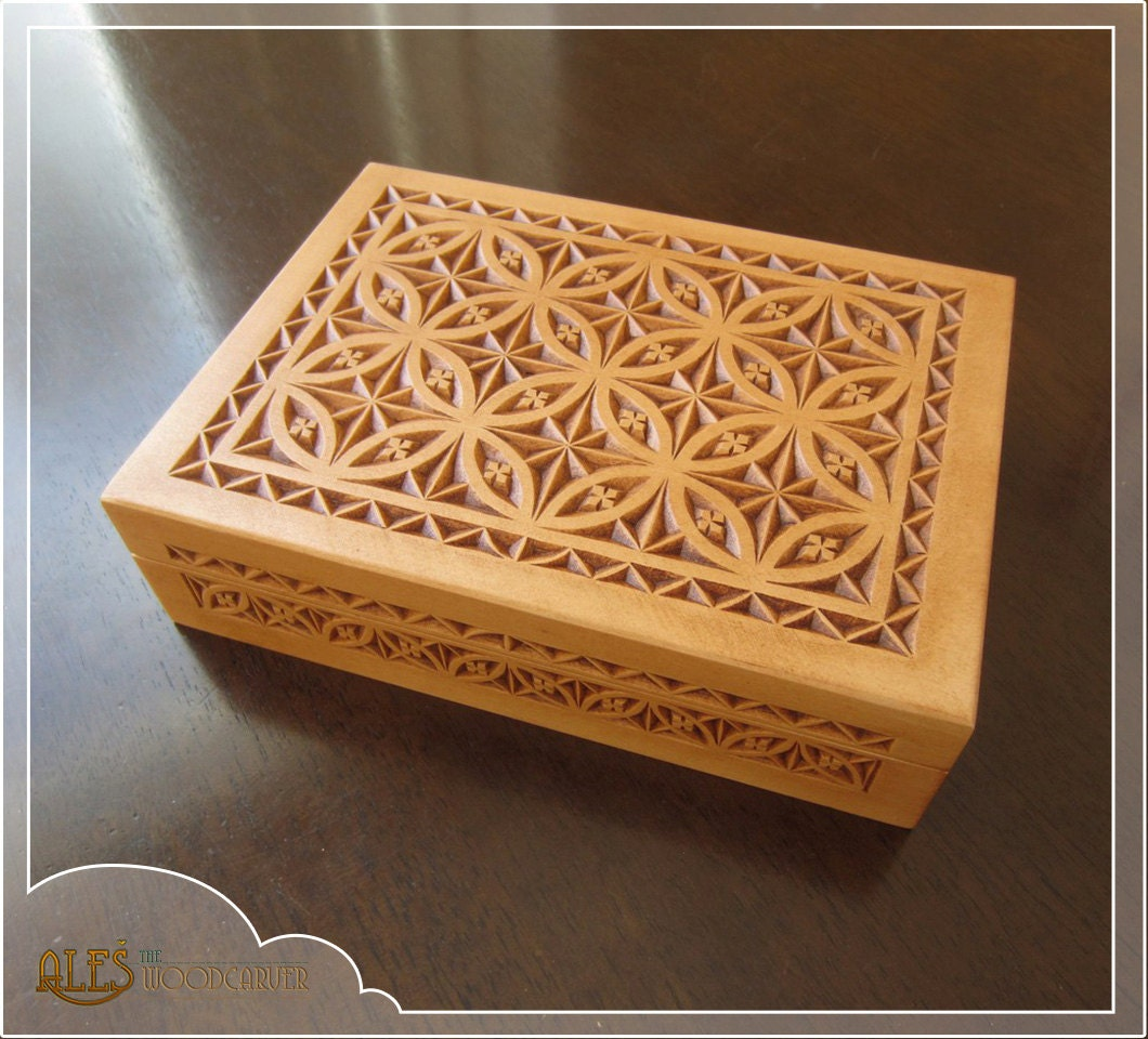 Chip carved trinket box hand wooden jewelry