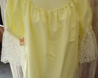 PaleYellow Linen Pirate/Peasant Blouse, Elastic Neck, White Lace Short Sleeves Size S/M