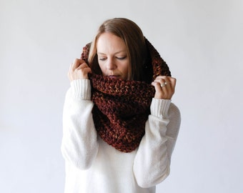 Chunky Cowl Scarf Shawl Hood Thermal / THE TOK / Autumn Leaves