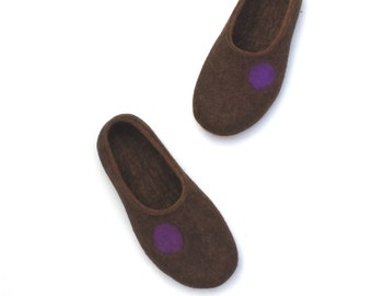 Organic wool felted slippers  - woolen house shoes - felt slippers - naturally brown - for woman - eco friendly