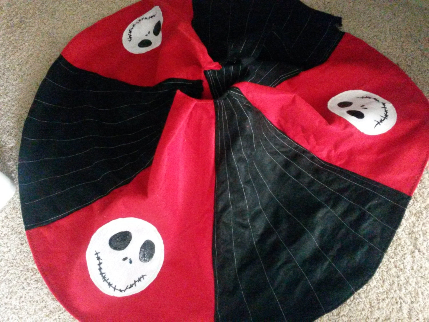 Nightmare Before Christmas Tree Skirt image information