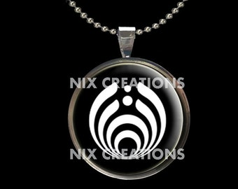 Bass Lights BassNectar 1 Inch Circle Glass Photo Pendant Necklace