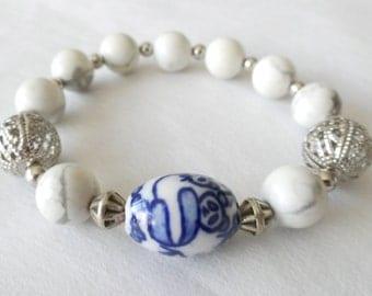 White Stone and Panda Porcelain Bead Stretch Bracelet