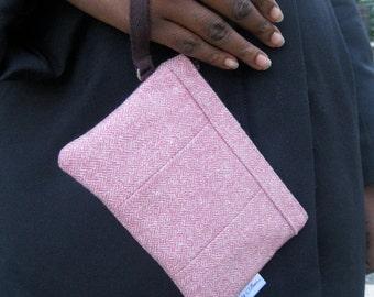 Pink Wristlet Wallet, Tweed Wristlet, Wristlet Purse, iPhone Wristlet, Pink Zipper Wallet, Pink Wallet, Wool Zipper Wallet, Tweed Wallet